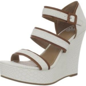 NWOT Fergalicious Quota Platform Wedge Sandals